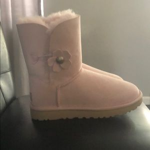 Women's size 7  pink ugg boots, with flowers